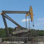 Oil Falls: As US crude stocks hit record for seventh regular week